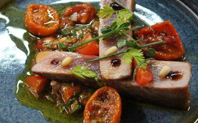 Duo de thon de Méditerranée, vinaigrette de tomates à manger